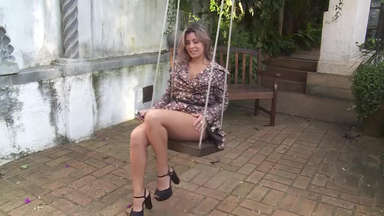 Brazilian Woman - Érica Vieira