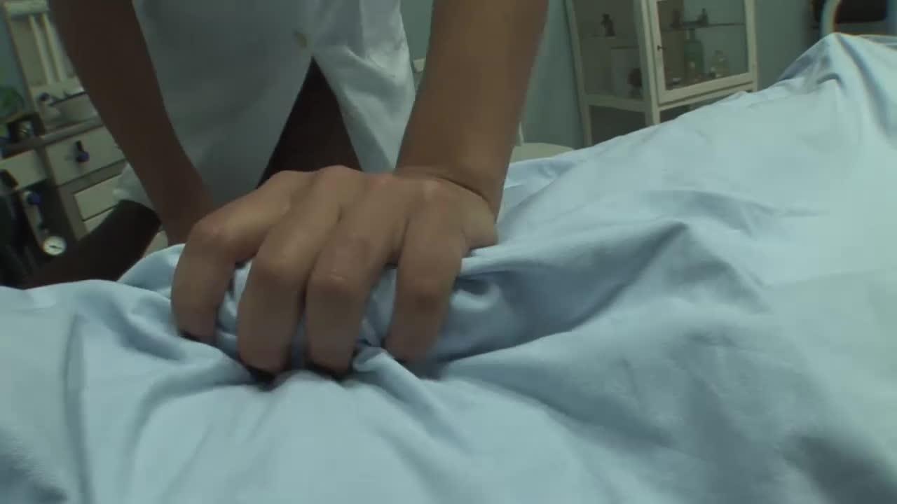Enfermeira safada e paciente de sorte