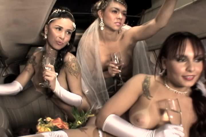 Brides - Fernandinha, Mônica & Taty