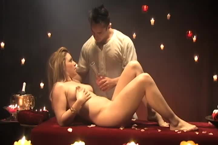 Hot Massage Hetero - Sarah Lopez & Richard
