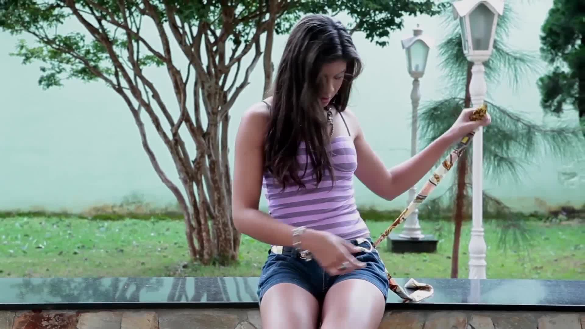 Brazilian Women - Vanessa Rodrigues